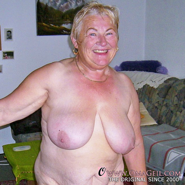 85 years old granny first anal sex - 3 8